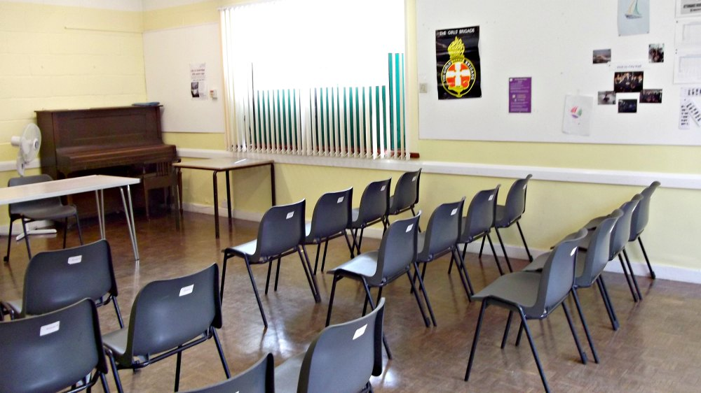 Room 9 - maximum capacity 40 - rooms for hire at Christ Church, Uxbridge