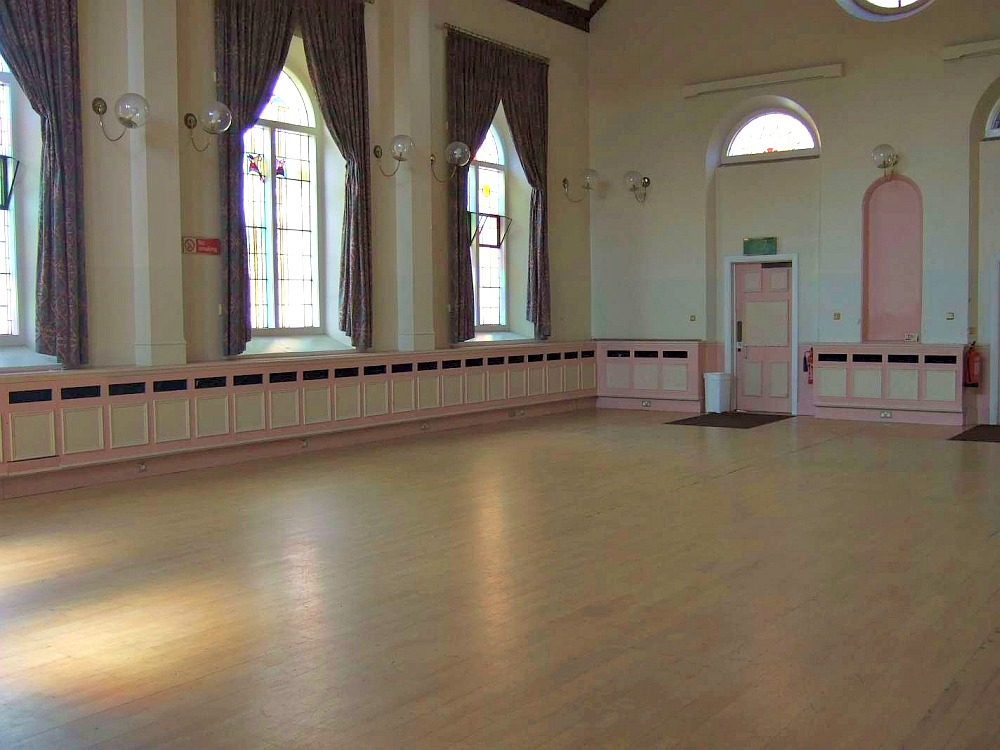 Watts Hall - Rooms for hire - Christ Church, Uxbridge