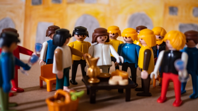 A Playmobil scene depicting the disciples gathered around Jesus